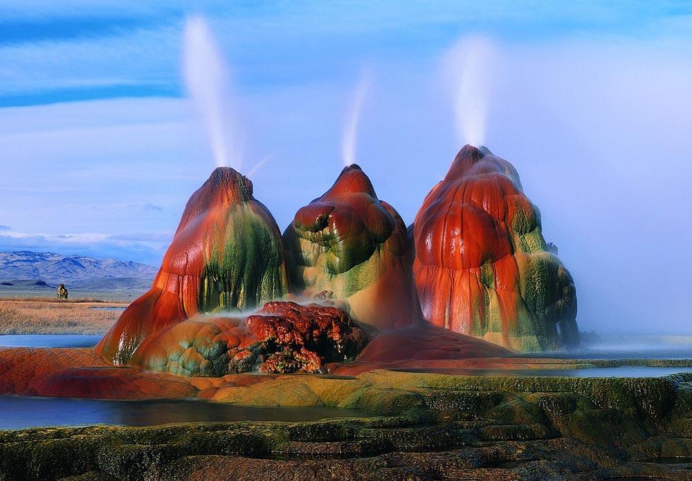fly-geyser-nevada-1