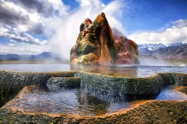 fly-geyser-nevada-2