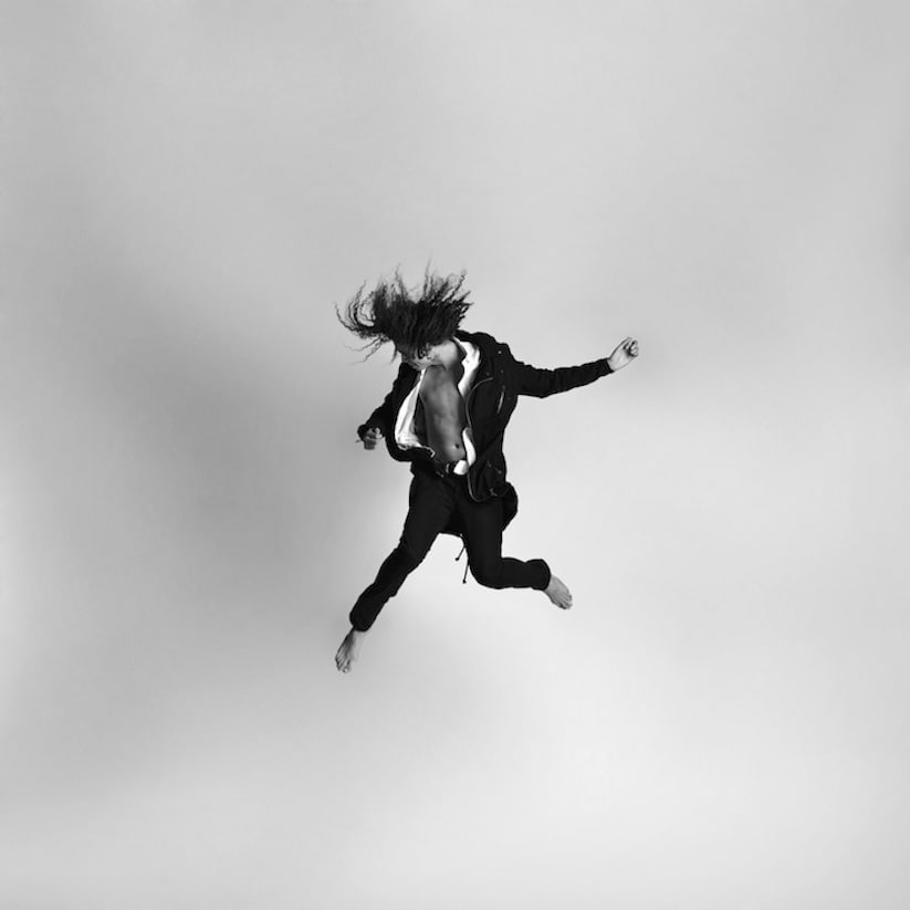 Energetic_Black_And_White_Portraits_Of_People_Captured_In_Mid_Jump_2014_04
