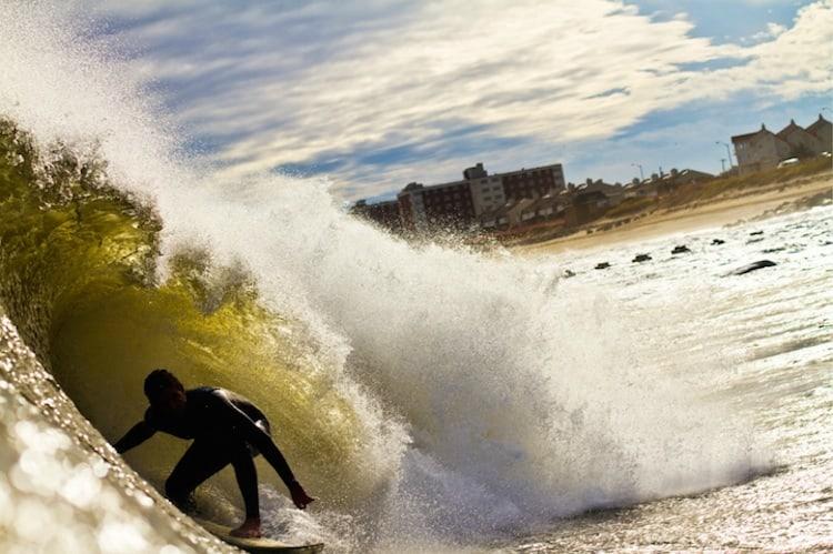 The_Thrill_Of_Surfing_Captured_In_Breathtaking_Photos_by_Ryan_Struck_2014_03