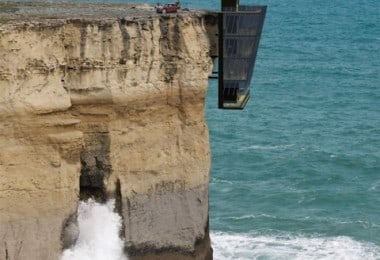 Cliff House in Victoria, Australia / Designed by Modscape