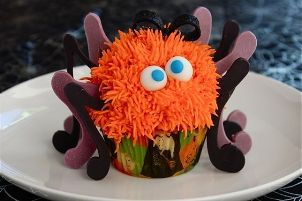 Spooky-Spider-Cupcakes-by-Buttercream-Blondie