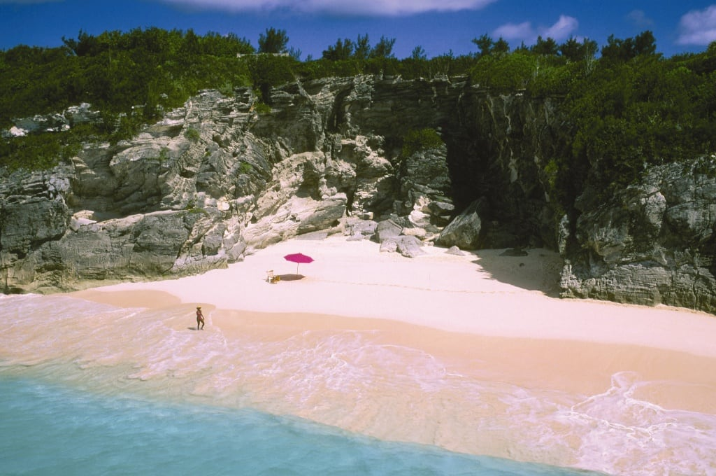 pink-sand-beach-Bahamas1