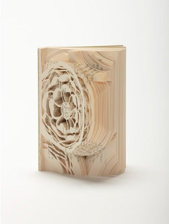 Novels_Transformed_into_Book_Art_03