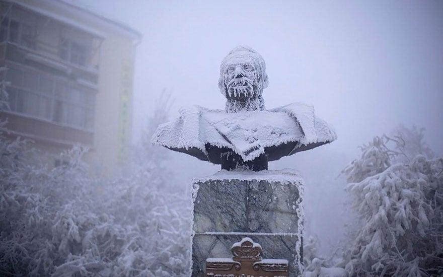 coldest-village-oymyakon-russia-amos-chaple-10