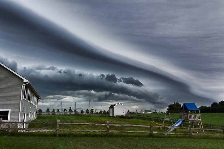 strange_clouds_09
