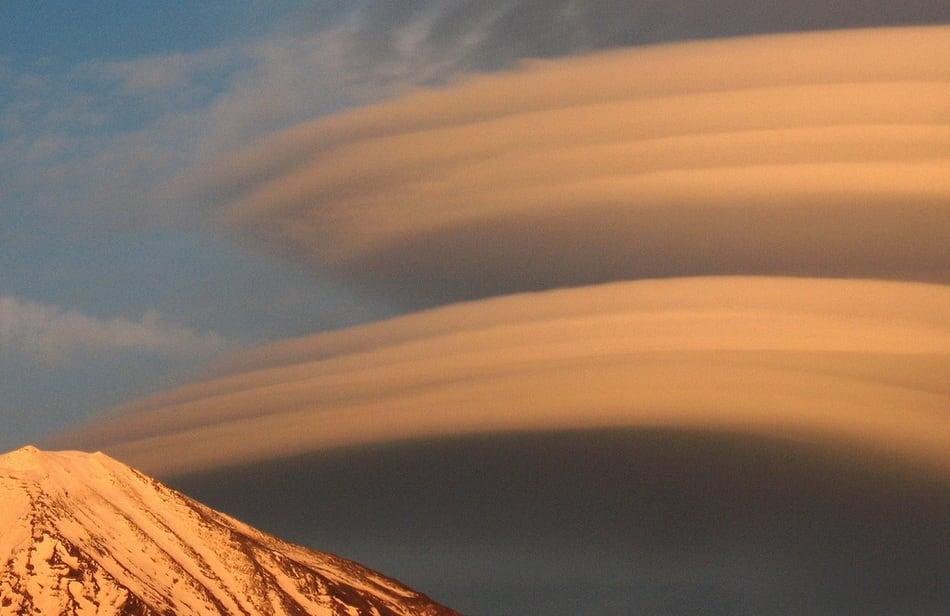 strange_clouds_15