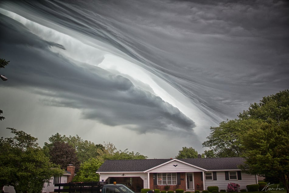 strange_clouds_16