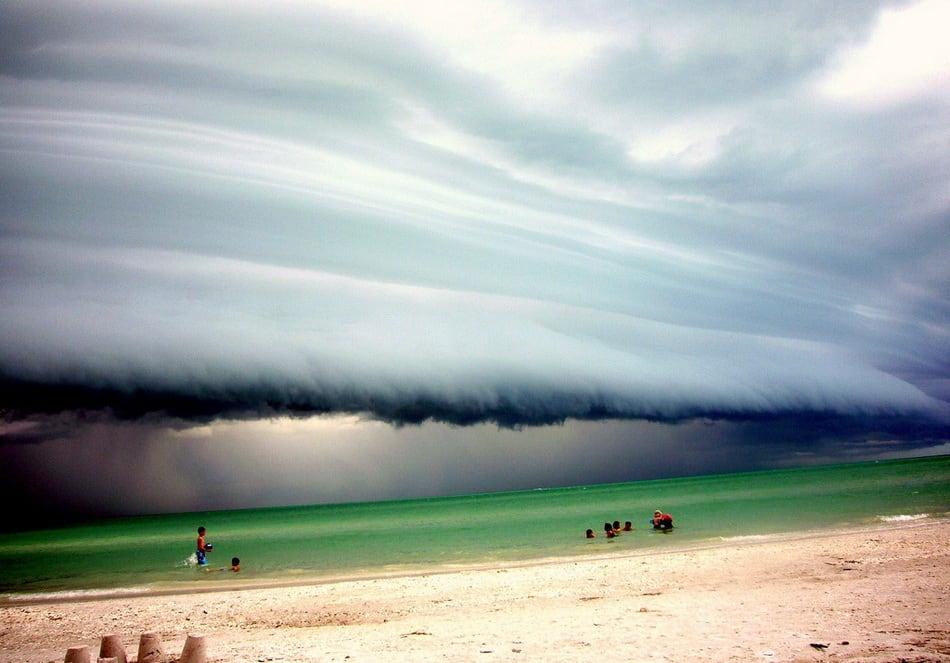 strange_clouds_28