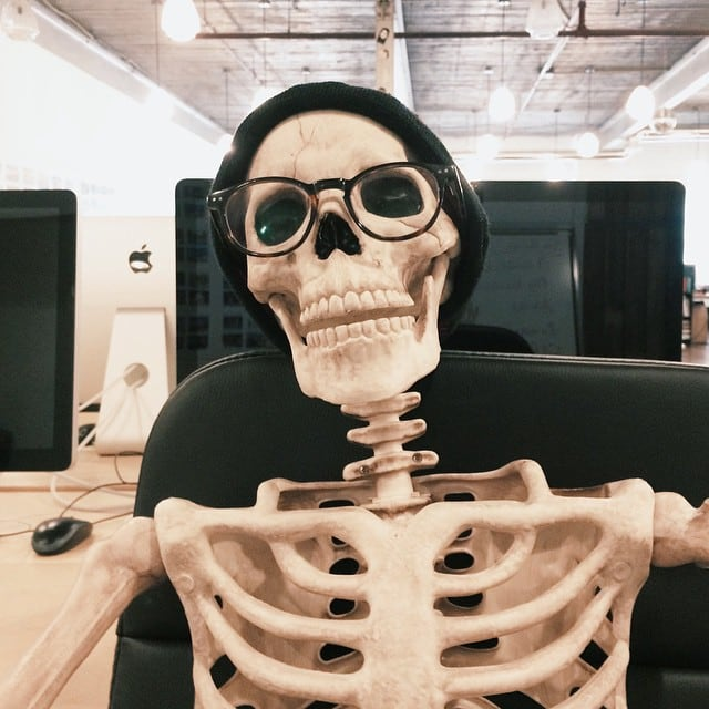 skeleton-daily-life-photography-6