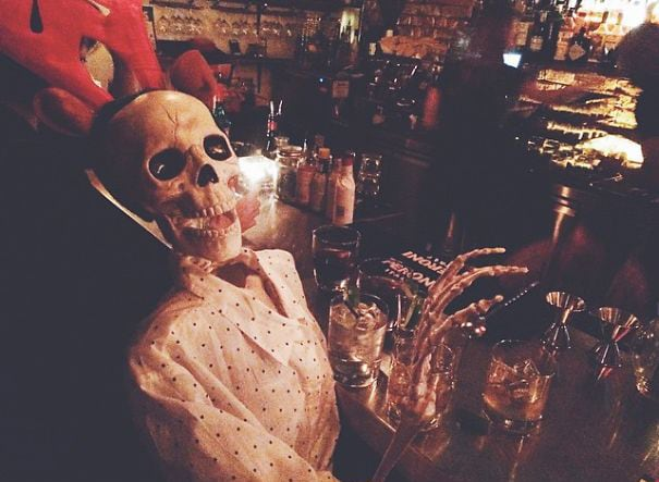 skeleton-daily-life-photography-8