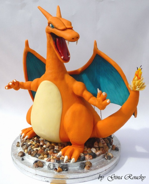 5673755-R3L8T8D-500-charizard_pokemon_character_cake_by_ginas_cakes-d41ybd5