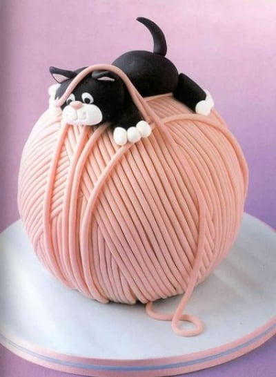 37 of The Most Creative Cakes That Are Too Cool to Eat 40