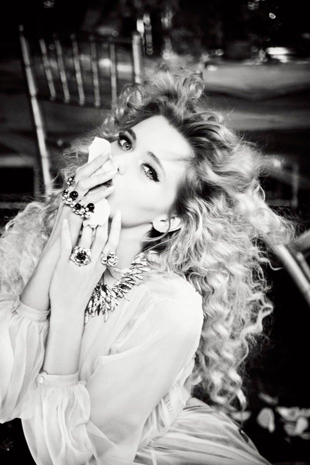 Abbey-Lee-Ellen-von-Unwerth-Vs-Magazine-06-620x930