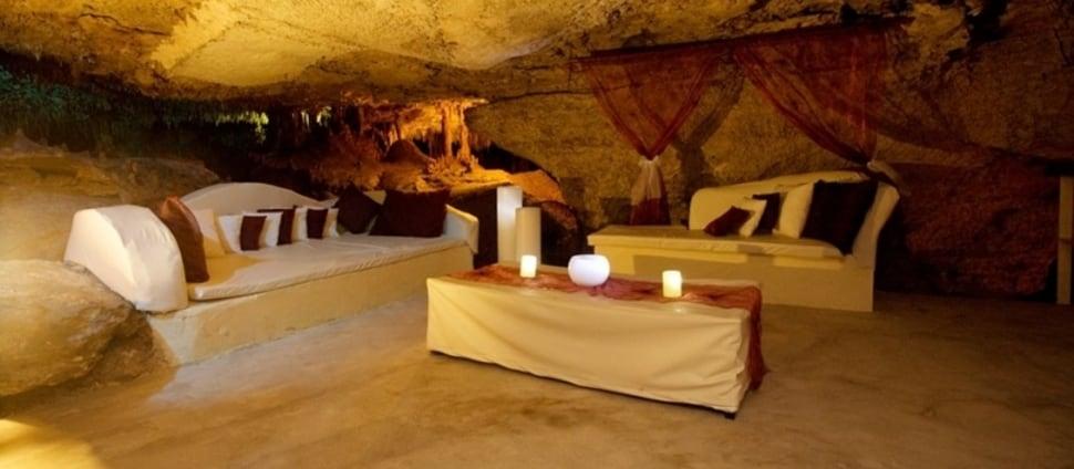 Alux Caverna Lounge 2
