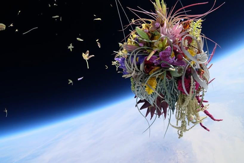 Azuma-Makoto-sends-flowers-into-space-designboom03