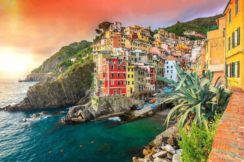 Riomaggiore Italy Top 15 Most Stunning Cliff Side Towns And Villages