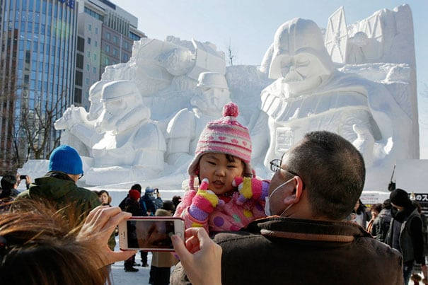 giant-star-wars-snow-sculpture-sapporo-festival-japan-20