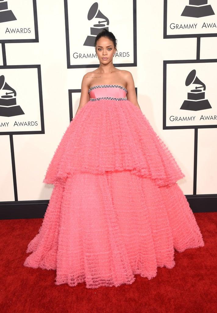 rihanna-giambattista-valli-couture-pink-dress-grammys-2015