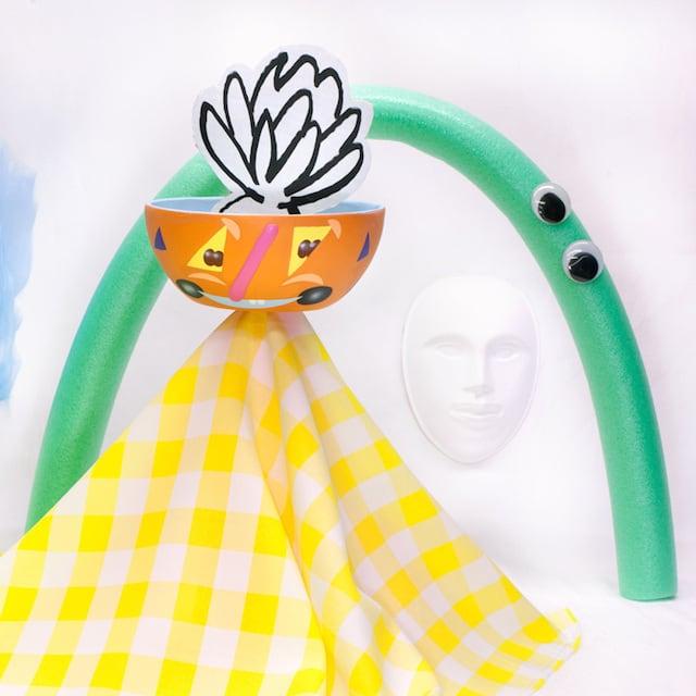 Crazy-Faces-Ceramic-Vases-10