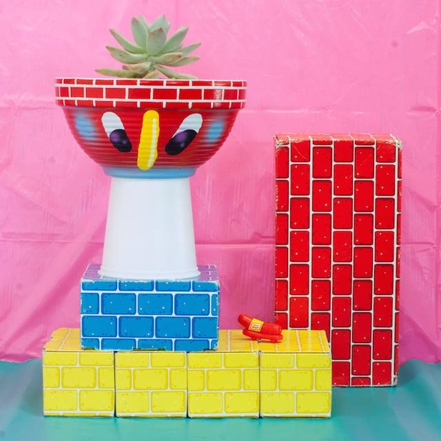 Crazy-Faces-Ceramic-Vases-15