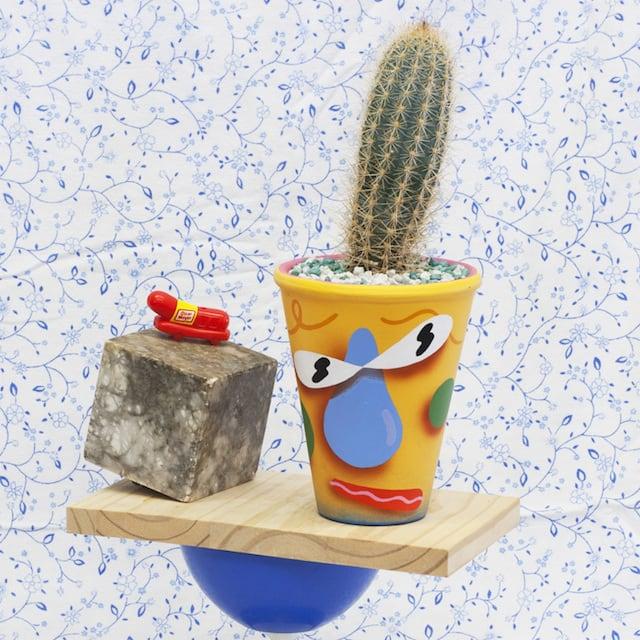 Crazy-Faces-Ceramic-Vases-2
