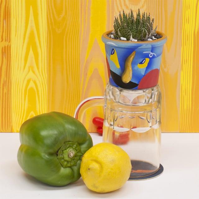 Crazy-Faces-Ceramic-Vases-5