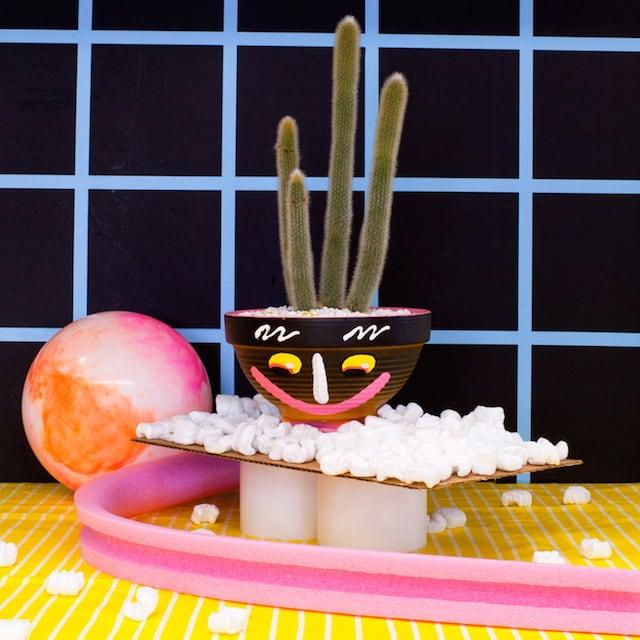 Crazy-Faces-Ceramic-Vases-6
