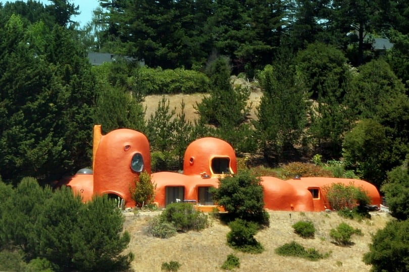 17 Weird And Wonderful Houses From Around The Globe 11