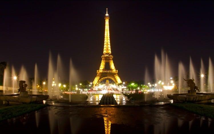 France 2 - Eiffel Tower