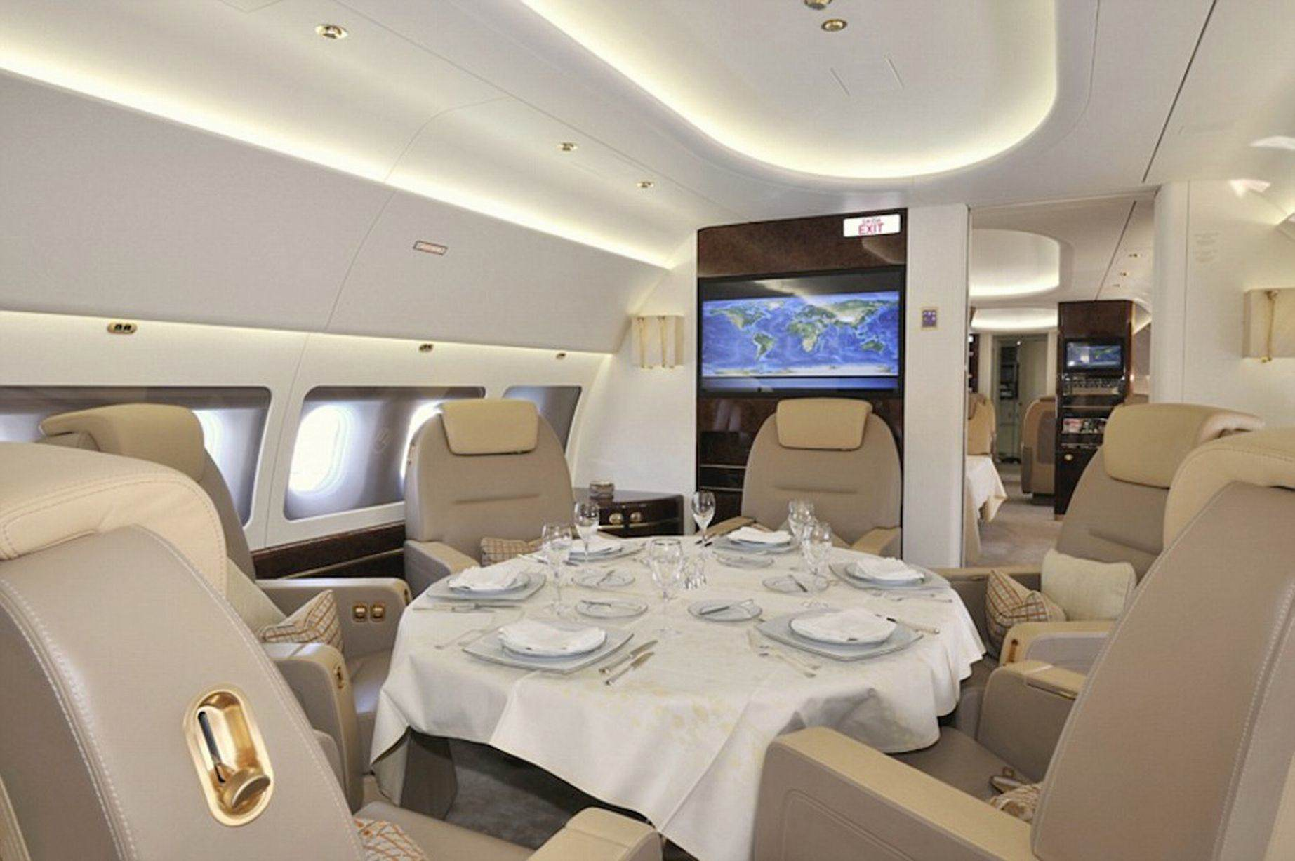 Prince-Charlesprivate-jet