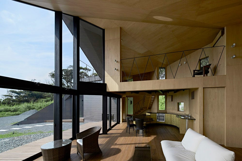 Villa-Escargot-by-Takeshi-Hirobe-Architects-05