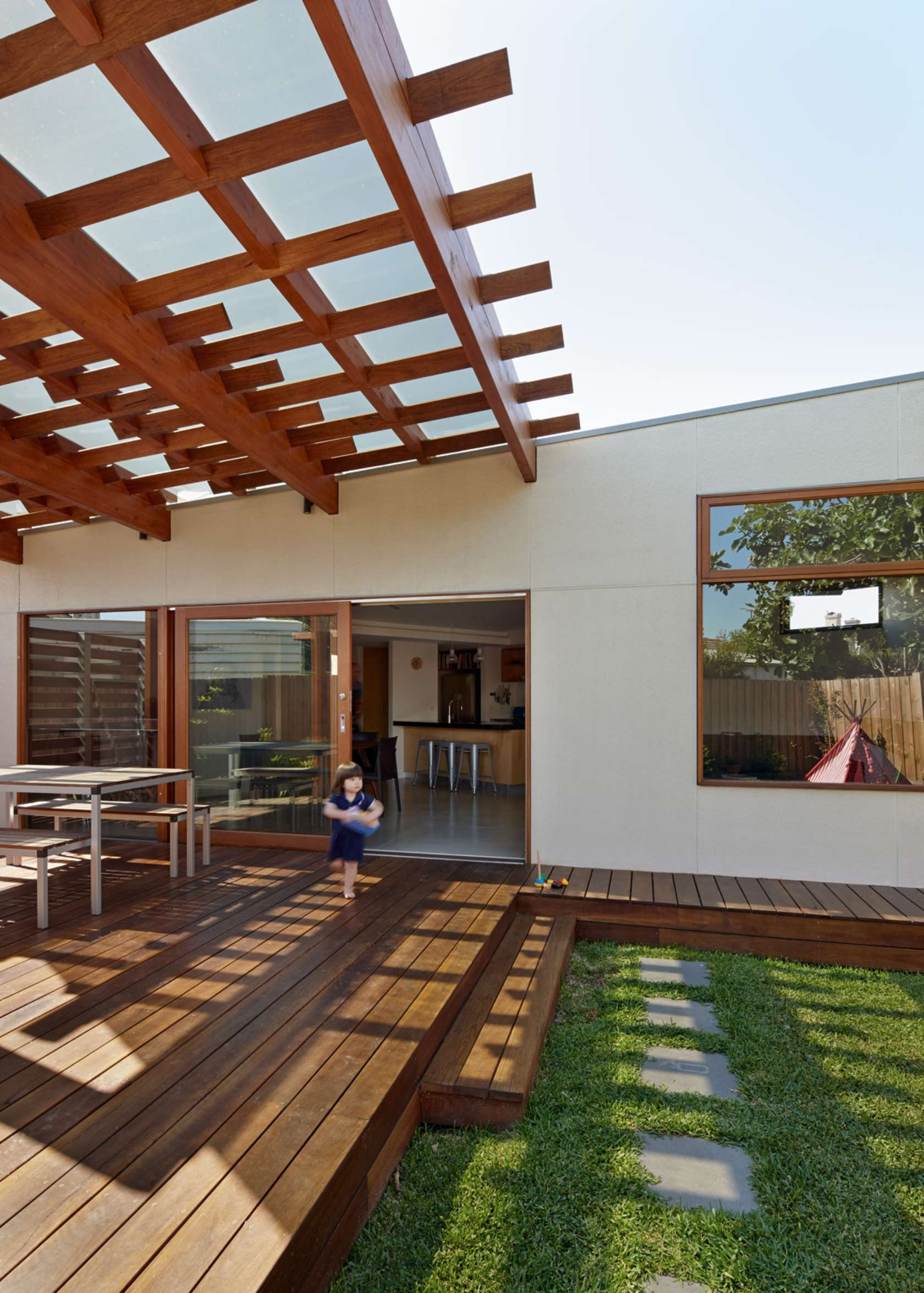 Crib and Chock House extension of residence by Windust Architects - HomeWorldDesign (19)