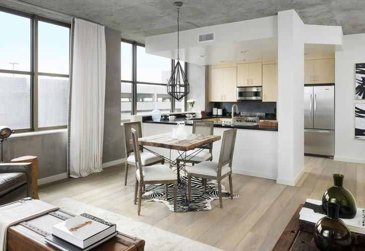 The Bond eclectic mix of modern and vintage - Parisa O'Connell - HomeWorldDesign  (7)