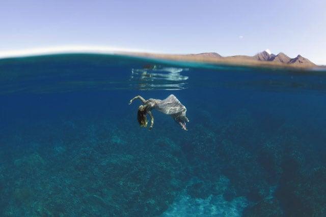 The-Underwater-Wedding-Portraits_2