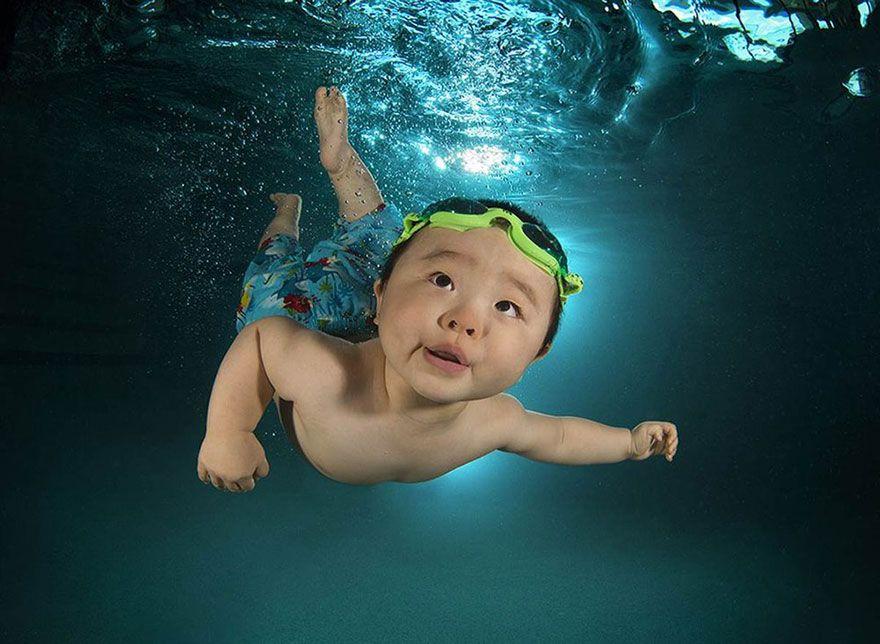 UnderwaterBabies08