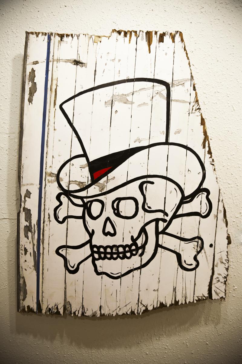 Proper Skull and crossbones