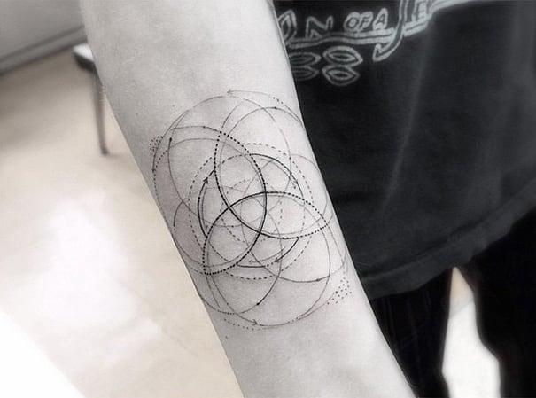 linear-tattoo-doctor-woo_03