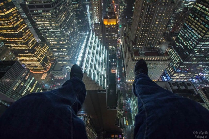 Daredevil Photographer Captures New York City From Dizzying Heights 11