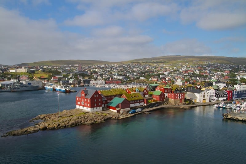 Faroe-Islands-Shutterstock-7