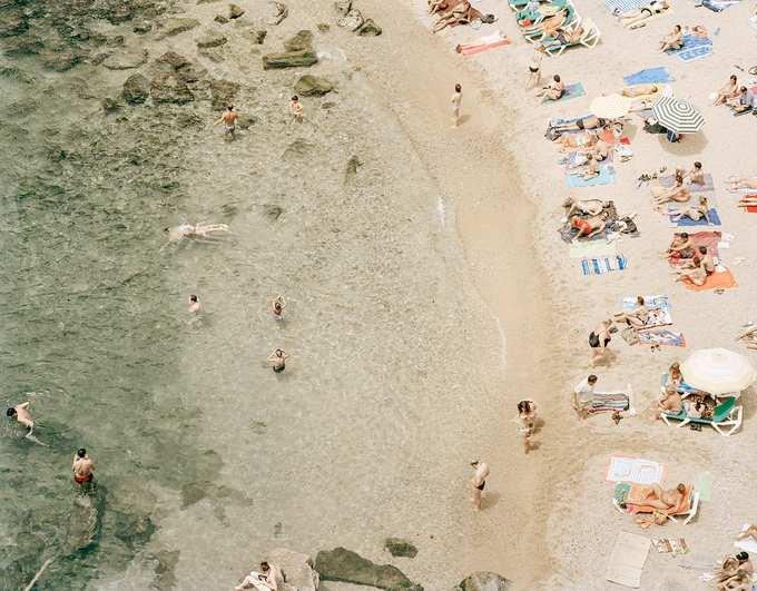 Crowded beach from above,  beach, beach life, people, heat, summer, holiday, swimming, sea, water, fun, joy, flirt, enjoyment, sun, sunbathing, bikini, colorful, paradise, pleasure, tourism, Spain, photography, from above, rhythm, moment, painting like, people in miniature, Tenerif, Mallorca, Barcelona, Sitges, sociology
