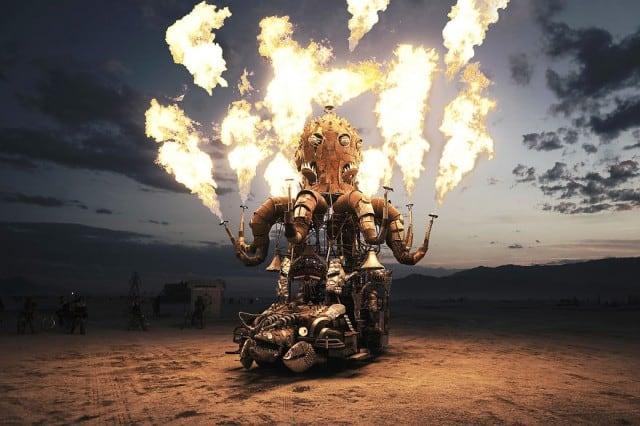 burningman201410-640x426