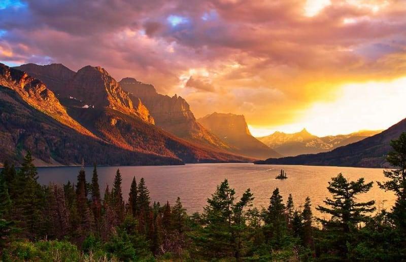 11-Glacier-lake