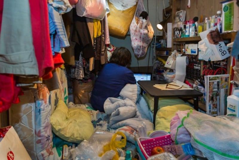 home-hotel-photography-enclosed-living-small-won-kim-japan-3