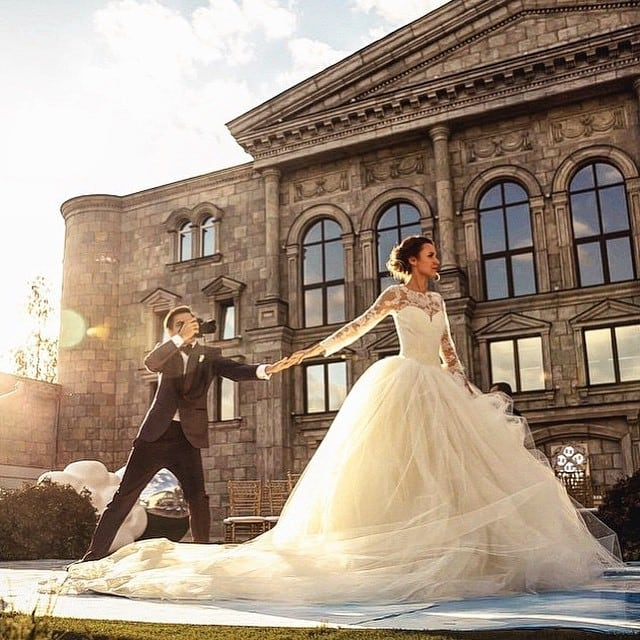 wedding-photos-follow-me-to-couple-murad-osmann-natalia-zakharova-3