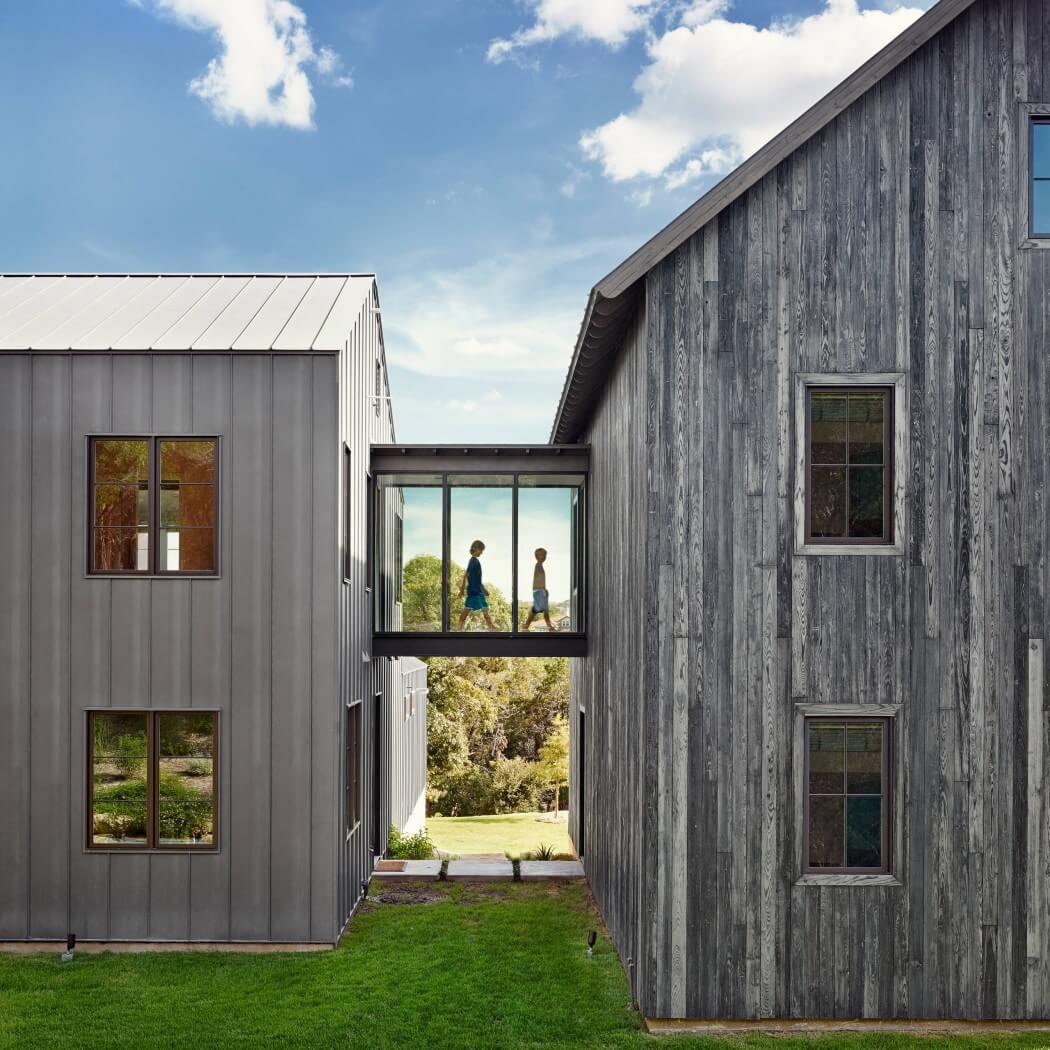 003-farmhouse-shiflet-group-architects-1050x1050
