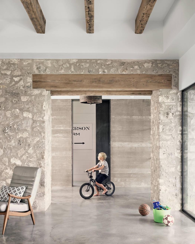 005-farmhouse-shiflet-group-architects-1050x1313