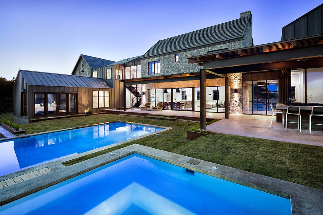 010-farmhouse-shiflet-group-architects-1050x700