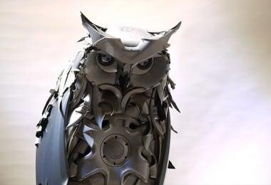 art-hubcap-creatures-07