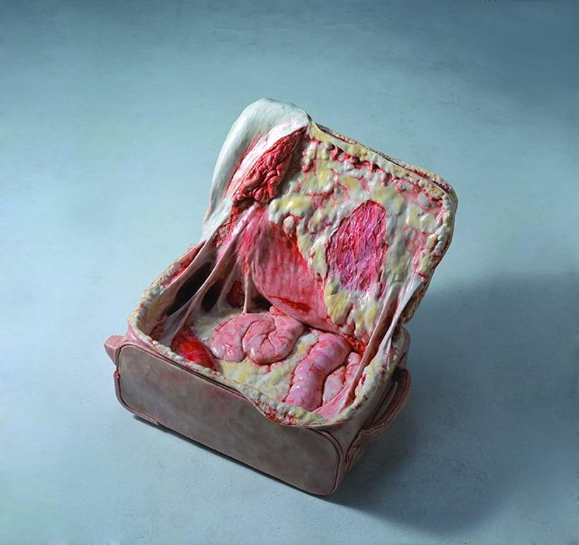 cao-hui-gutsy-flesh-sculpture-designboom-03